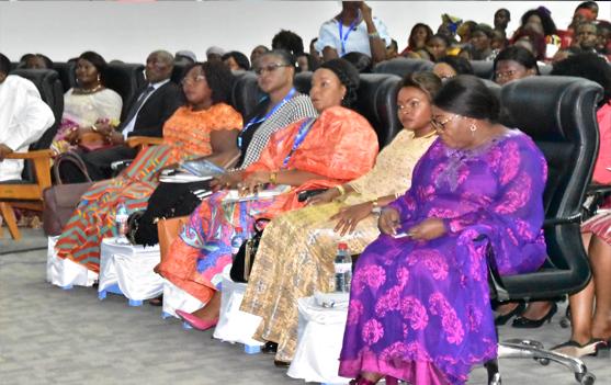 Son Excellence Madame Deborah Samaila ILIYA, Ambassadeur de la République du Nigéria